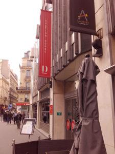 Parisでオークションに参加🇫🇷